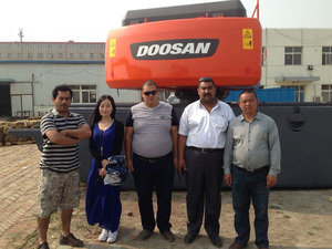 印度尼西亚客户到厂参观