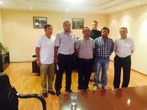 与哈萨克斯坦国家领导人会见